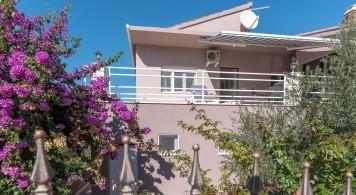 Apartment & Mingolla ab 1.550 Eur/woche/6pax