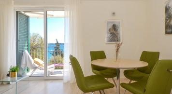 Apartment & Jeanneau 545 ab 1.080 Eur/woche/4 pax