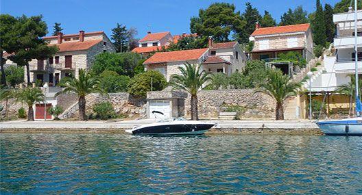 Boot & Ferienwohnung