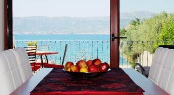 Luxury Suite & Sea Ray 190 from 1.210 eur/week/2 pax