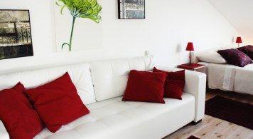 Penthouse Suite & Jeanneau 7.5 ab 2.240 Eur/woche/4pax