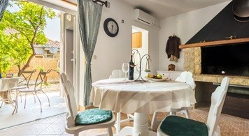 Apartment & Jeanneau 5.5 CC from 1.100EUR/WEEK/4 PAX